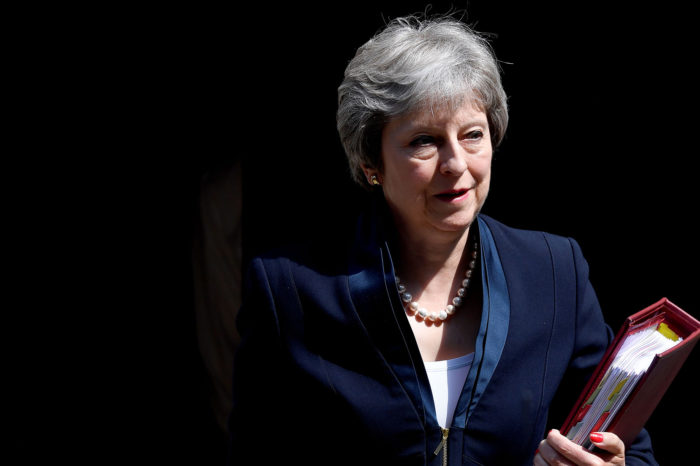 Brexit : 48 heures décisives pour Theresa May