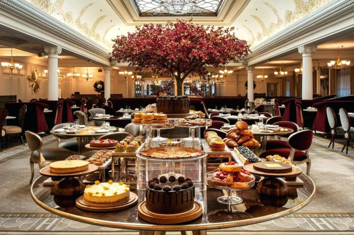 """Harrods ajoute une """"French touch"""" à ses afternoon teas"""
